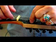 Electric Guitars How To Change Electric Guitar Strings