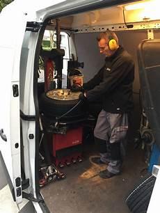 changement de pneu a domicile j ai test 233 le montage de pneus 224 domicile quelle tonton greg
