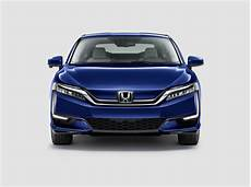honda clarity walks home with 2018 green car of the year award carscoops