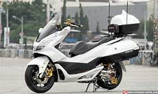 Modifikasi Honda Pcx 150 Touring by Modifikasi Honda Pcx 150 Otowire