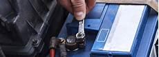 autobatterie laden ohne ausbau autoscout24