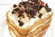 tiramisu con crema pasticcera tiramis 249 alle pere con crema pasticcera amodomio e scaglie di cioccolato crudo speziato
