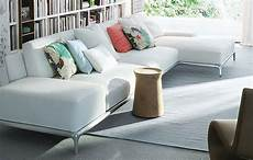 divano con cuscini cuscini decorativi per divano consigli divani