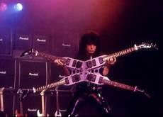 michael angelo batio guitar michael angelo batio american multi guitar shredder extraordinaire musically inclined