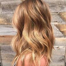 coloration cheveux blond miel tendance capillaire le honey toned hair les