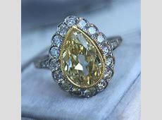 25  Vintage Style Engagement Ring Designs, Trends, Models