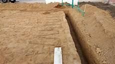 streifenfundament fundament ausgraben und betonieren
