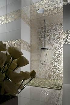 motiv fliesen badezimmer wohnideen badezimmer wand fliesen duschkabine flora motive