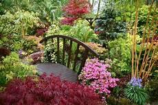 d ornement pour jardin jardin d ornement en 18 propositions de conception tendance