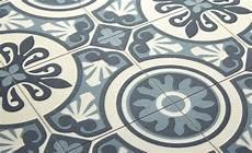 maclou sol vinyle emotion carreau ciment bleu