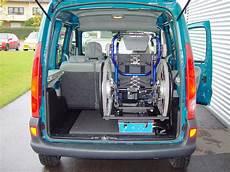 starre rollst 252 hle im auto verladen per knopfdruck in den