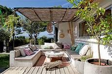 Decoration Jardin Terrasse 20 Id 233 Es Pour D 233 Corer Une Terrasse Boh 232 Me Chic