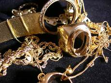 comment reconnaitre un bijou en or comment savoir si un bijou est en or le site pr 233 f 233 r 233 des mamans