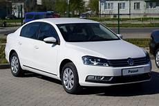 Datoteka Volkswagen Passat B7 2011 Jpg Wikipedija