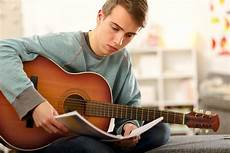 5 Tips Help You Learn Guitar Faster Guitartrance