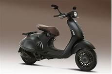 roller 125ccm vespa the rs 12 lakh scooter 125cc vespa 946 emporio armani