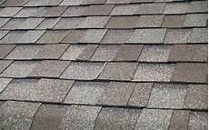 couverture en shingle composition shingle roof stock photo image of house