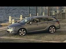 Opel Astra Sports Tourer - opel astra sports tourer 2011