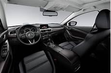 Mazda 6 Innenraum - new mazda 6 sport nav 2016 review pictures auto express