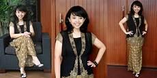 Model Baju Kebaya Terbaru Untuk Hari Kartini 2015 Gaya