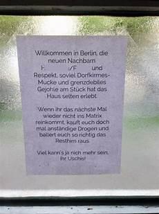 müll im hausflur willkommen in berlin feiern bis die nachbarn kommen