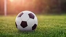 25 Gambar Bola Dalam Sepak Bola Foto Dan Wallpaper Bola