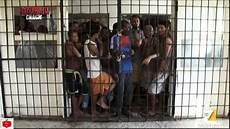 la gabbia la 7 libia gli uomini in gabbia le speranze dei migranti