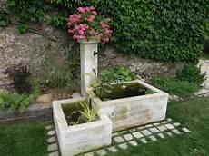 fontaine en pour jardin fontaines en naturelle fontaine murale ou