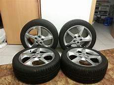 17 Zoll Original Kia Felgen Michelin Reifen Biete