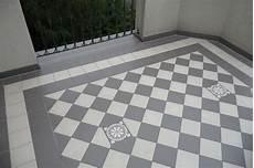 alte fliesen überdecken zahna fliesen bei keramik loft hannover bestellen inspiration in 2019 house tiles 1930s