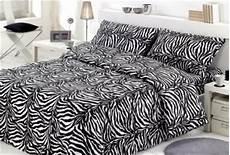 copriletto zebrato coordinato letto zebrato copripiumino copriletto e lenzuola