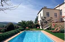 Schwimmbad Kaufen Garten - ein swimmingpool im garten kosten vorteile und tipps