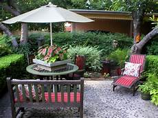 Outdoor Decorations by Chic Outdoor Decorating Tips Hgtv