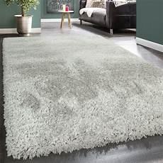 flauschiger teppich hochflor teppich flokati stil grau teppich de