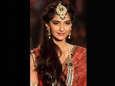 top best hairstyle for saree