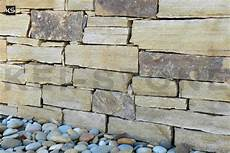 parement en naturelle plaquette de parement de barrette gneiss du littoral