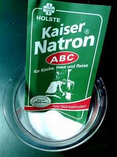 let s a cheery day haare mit natron waschen