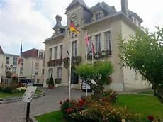 Deuil La Barre Photos Featured Images Of Deuil La Barre