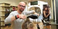 salon de coiffure la rochelle la rochelle le salon de coiffure ferme sans pr 233 avis