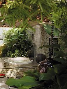 wellnessliege garten 50 stunning outdoor shower spaces that take you to urban