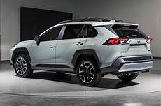 2019 toyota rav4 first look new look for the suv sales king motor trend