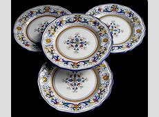 DERUTA POTTERY HAND PAINTED RICCO PATTERN DINNER PLATES