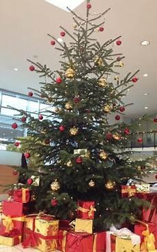 dekorationen f 252 r ihre weihnachtsfeier weihnachtsbaum deko