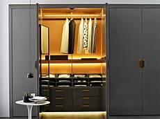 Begehbarer Kleiderschrank System Mit Modernem Design
