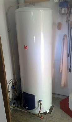 cumulus eau chaude 22722 chauffe eau pacific 300l equipement de salle de bain sur enperdresonlapin