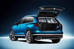 New Volkswagen Touareg Revealed  Carscoza