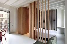 cloison separation bois cloison originale bois tasseau bois petit appartement