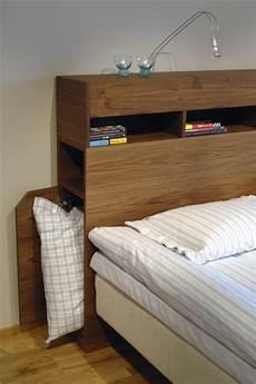Kopfteil Bett Mit Ablage - storage in the headboard diy bed with storage