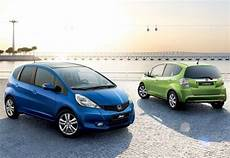 voiture hybride moins cher du marché honda jazz voiture hybride la moins ch 232 re du march 233