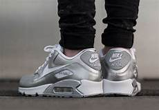 nike air max 90 gs quot metallic silver quot sneakernews